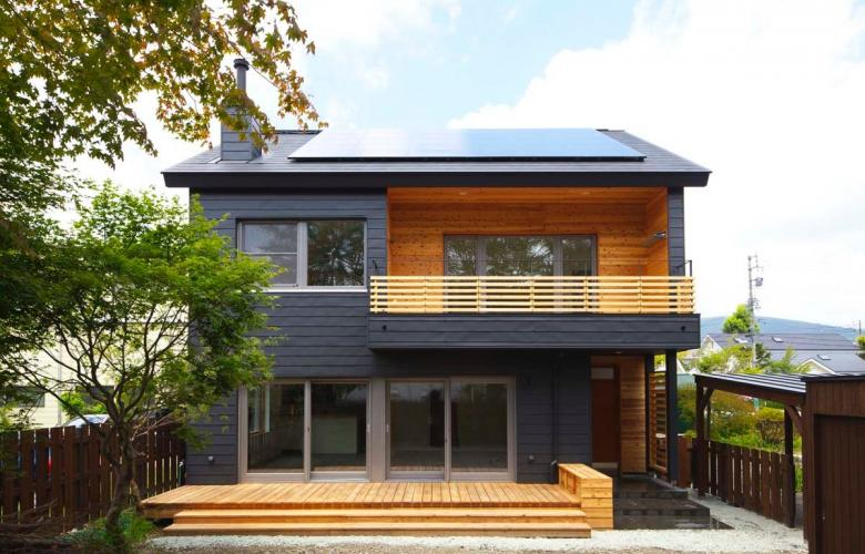 The man with the most energy efficient house in japan